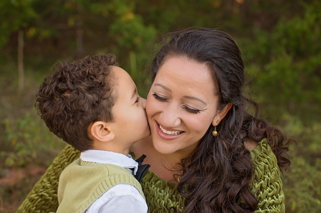 matka a malý syn